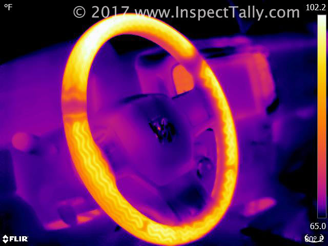 Thermal image of a heated steering wheel